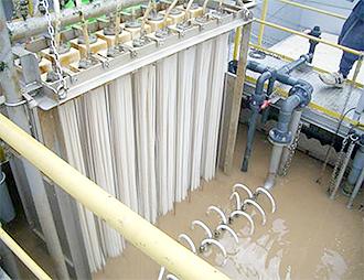 排水処理用の大型膜モジュールを開発・販売