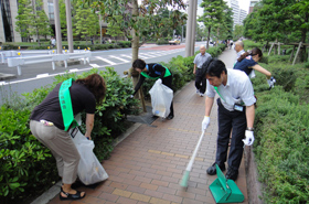 The area around Shibaura Island is very clean.