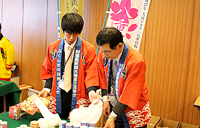 On the day of the event – helping at the Fukushima Prefecture booth