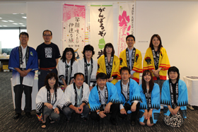 Commemorative photo of staff members. Thank you very much for your commitment!